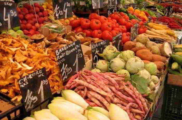 Gemüse und Kräuter von Markt und Supermarkt sind besser als ihr Ruf