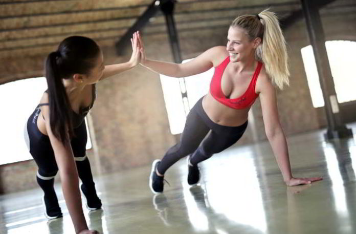 Fit und glücklich durch regelmäßigen Sport