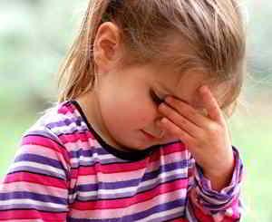 Pfefferminzöl hlift auch Kindern gegen Kopfschmerzen