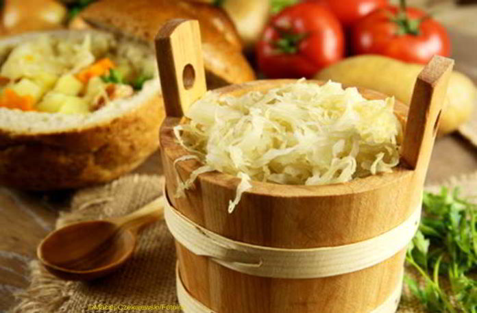 Frisches Sauerkraut hält Magen und Darm gesund