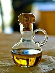 Chiliöl in der Karaffe