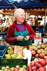 Mangelernährung mit regionalen Produkten bekämpfen
