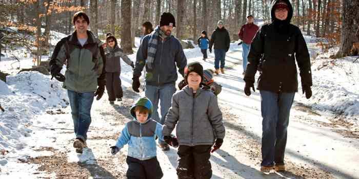 Ein Spaziergang mit der ganzen Familie