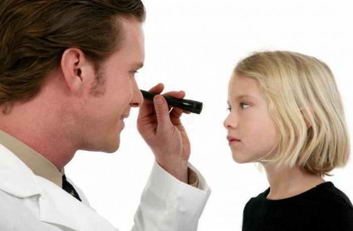 Frühzeitiges Testen des Sehvermögens unterstützt die Behandlungsmöglichkeiten