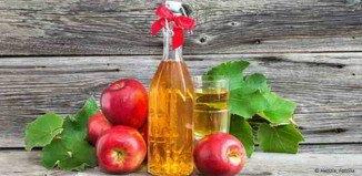 Apfelessig kann man sehr leicht selber herstellen.