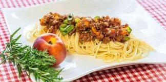 Vegane Sauce Bolognese - einfach, schnell und lecker