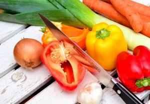 Zutaten für eine vegane Sauce Bolognese