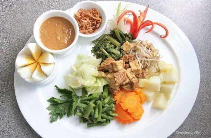 Vegetarisches Rezept für Gado-Gado