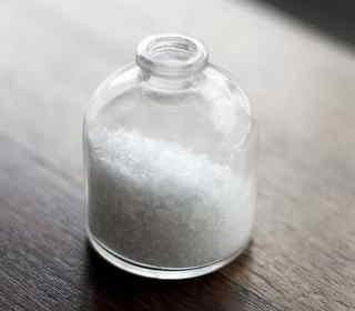 Wer Meeresalgen isst, sollte auf jodhaltiges Salz verzichten