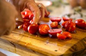 Ketchup, Tomatensaft und Tomatensugo selber kochen