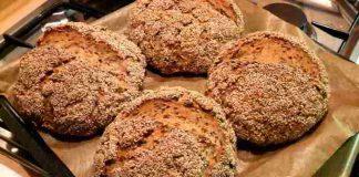 Das 10 Minuten Körnerbrot Rezept - ohne Zucker, Gluten und kalorienarm