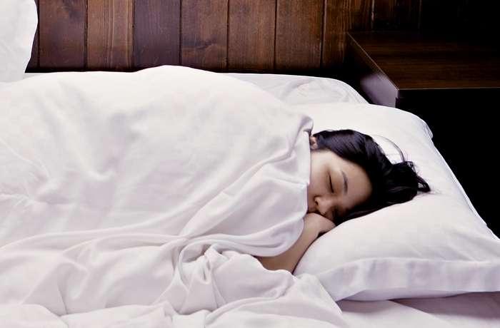 Diese Lebensmittel sorgen für einen entspannten, gesunden Schlaf