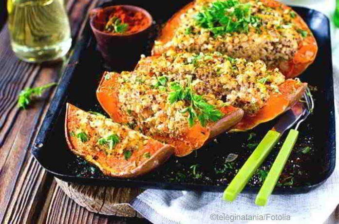 Gefüllter Butternusskürbis, ein veganes Festessen