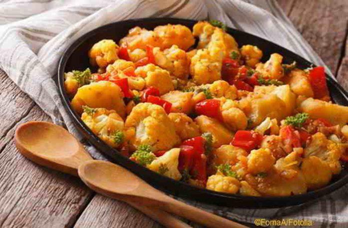 Veganer Aloo Gobi Curry - würzig, lecker und gesund