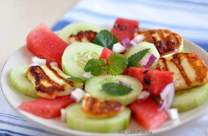 Halloumi selber machen, kombiniert mit einem Melonensalat