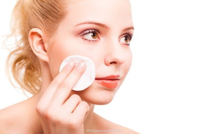 Große Poren ganz natürlich verfeinern - ohne Chemie