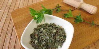Waldmeister verwenden - als DIY Kräuterkissen, Tinktur oder Tee