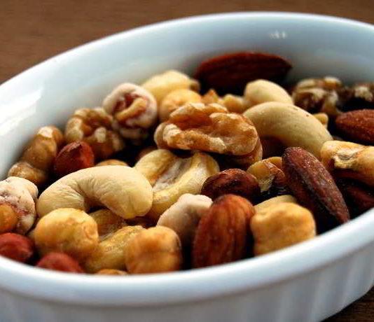 Nüsse - die kerngesunden Schlackmacher
